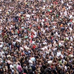 Große Menschenmenge gleich Crowd